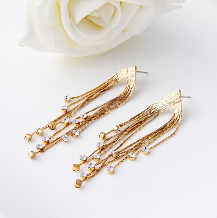 Exquisite Classic Retro Tassels with Rhinestone 18K Gold Plating Drop Earring
