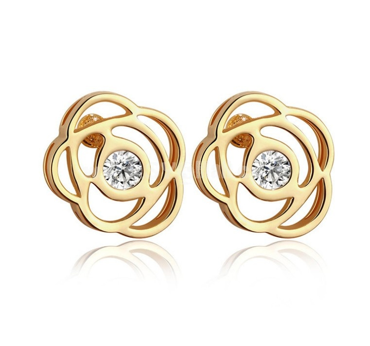 Exquisite Rose Pattern Hollow Zircon Gold Plating Ear Stud