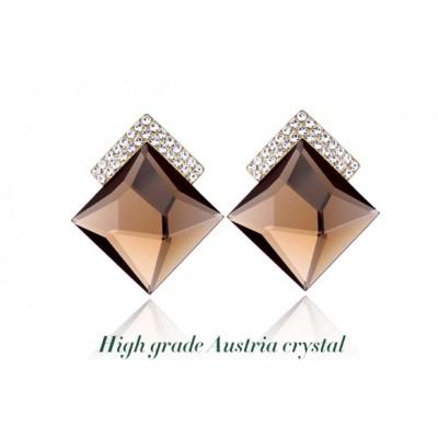 http://www.orientmoon.com/76697-thickbox/exquisite-luxurious-ol-pattern-crystal-ear-stud.jpg