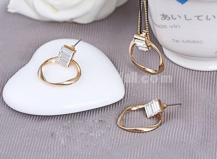 Exquisite Rhinestone Circle Pattern 18K Gold Plating Drop Earring