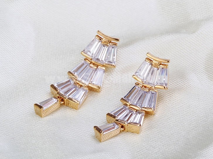 Hot Sale Exquisite Joker Zircon 18K Gold Plating Drop Earring