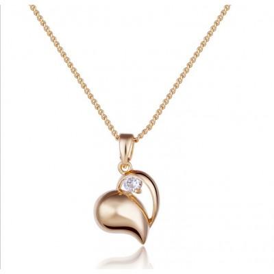 http://www.orientmoon.com/76999-thickbox/women-s-exquisite-stylish-shiny-heart-pattern-rhienstone-18k-gold-plating-choker.jpg