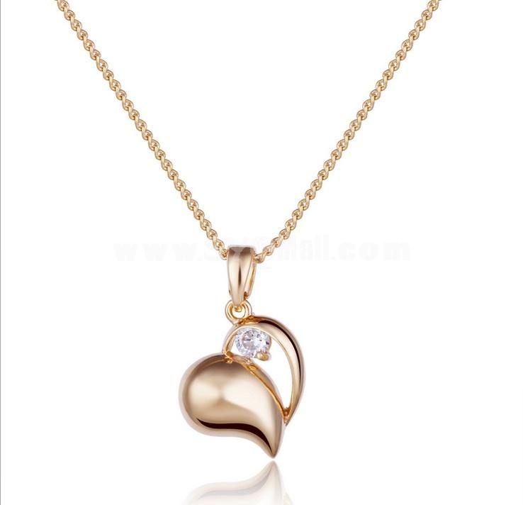 Women's Exquisite Stylish Shiny Heart Pattern Rhienstone 18K Gold Plating Choker