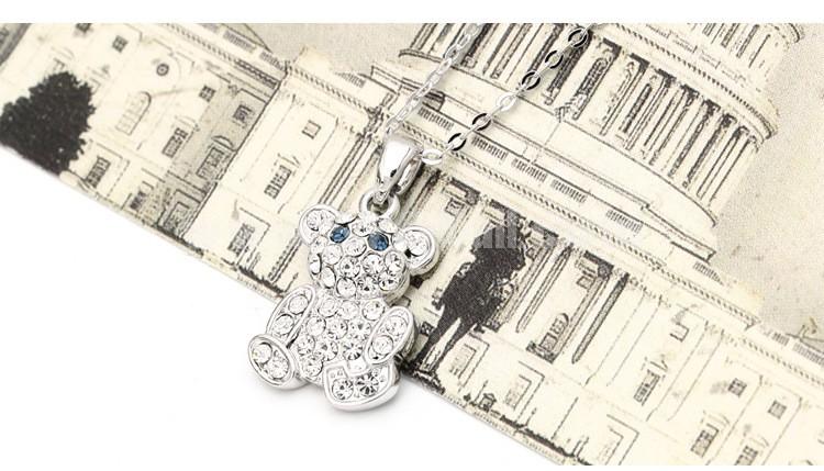Women's Exquisite Cute Shiny Rhinestone Bear 18K Gold Plating Choker