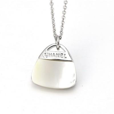 http://www.orientmoon.com/77060-thickbox/women-s-joker-shell-pattern-exquisite-18k-gold-plating-choker.jpg