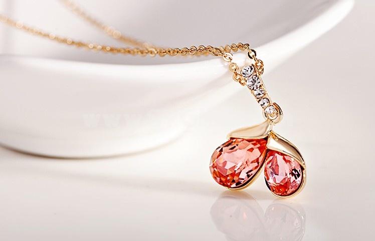 Women's Exquisite Swarovski Element Sweet Heart Crystal Choker