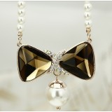 Wholesale - Women's Exquisite Retro Pearl Crystal Gold Plating Choker