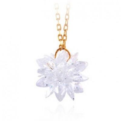 http://www.orientmoon.com/77179-thickbox/women-s-exquisite-flora-pattern-crystal-18k-gold-plating-choker.jpg