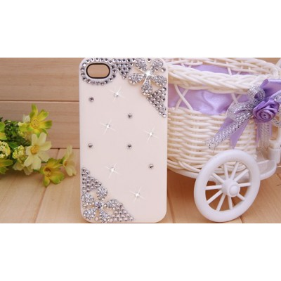 http://www.orientmoon.com/78280-thickbox/bling-five-leaves-rhinestone-phone-case-back-cover-for-iphone4-4s-f0025.jpg