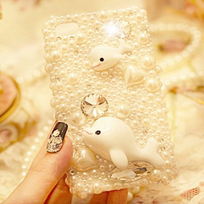 http://www.orientmoon.com/78416-thickbox/whilte-pearl-dolphin-rhinestone-phone-case-back-cover-for-iphone4-4s-iphone5.jpg