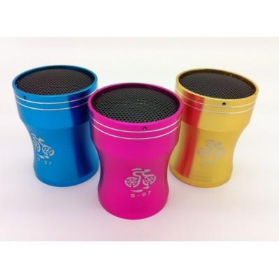 http://www.orientmoon.com/80194-thickbox/s-07-metal-mini-portable-multi-card-reader-speaker.jpg