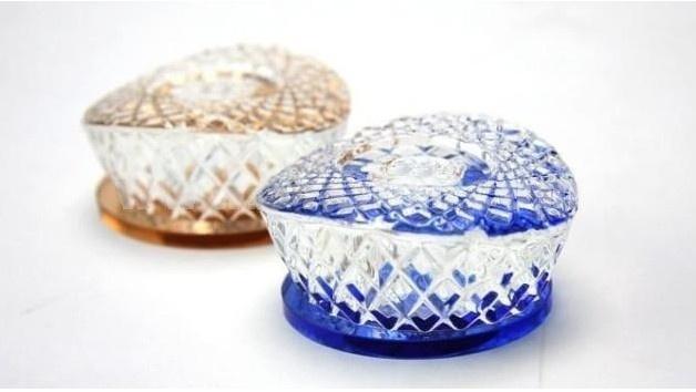 Car Accessories Décor Crystal Nest Pattern Perfume Bottle Artware