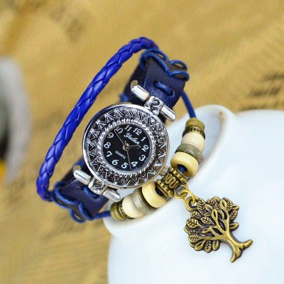 http://www.orientmoon.com/82492-thickbox/retro-style-women-s-hand-knitting-alloy-quartz-movement-glass-round-fashion-watch-with-tree-pendant-more-colors.jpg