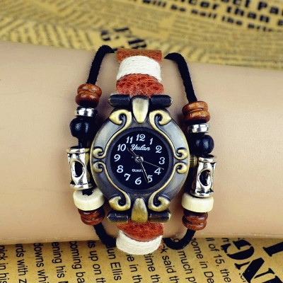 http://www.orientmoon.com/82502-thickbox/retro-style-women-s-hand-knitting-alloy-quartz-movement-glass-round-fashion-watcht-more-colors.jpg