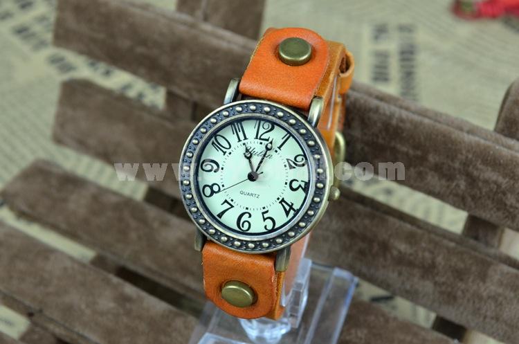 Retro Style Women's Leather Alloy Quartz Movement Glass Round Fashion Watcht (More Colors)