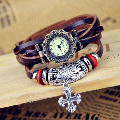 http://www.orientmoon.com/82737-thickbox/retro-style-women-s-hand-knitting-alloy-quartz-movement-glass-round-fashion-watcht-more-colors.jpg
