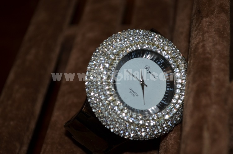 Retro Style Women's Rhinestone Alloy Quartz Movement Glass Round Fashion Watcht (More Colors)