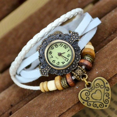 http://www.orientmoon.com/82965-thickbox/retro-style-women-s-hand-knitting-alloy-quartz-movement-glass-round-fashion-watch-with-heart-pendant-more-colors.jpg