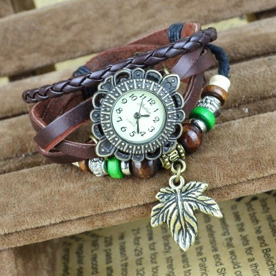 http://www.orientmoon.com/83108-thickbox/retro-style-women-s-hand-knitting-alloy-quartz-movement-glass-round-fashion-watch-with-leaf-pendant-more-colors.jpg