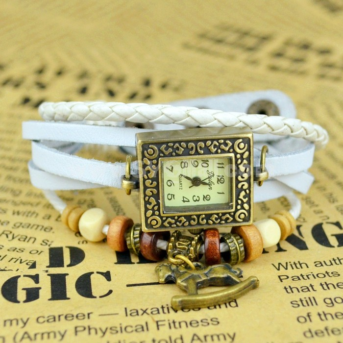 Retro Style Women's Hand Knitting Alloy Quartz Movement Glass Round Fashion Watch (More Colors)