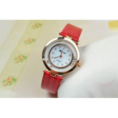 http://www.orientmoon.com/83196-thickbox/retro-style-women-s-pu-diamond-alloy-quartz-movement-glass-round-fashion-watch-more-colors.jpg