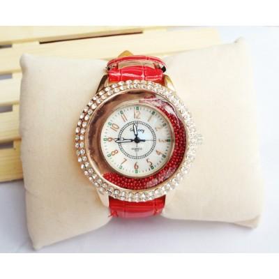http://www.orientmoon.com/83349-thickbox/retro-style-women-s-alloy-quartz-movement-glass-round-fashion-watch.jpg