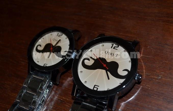 Retro Style Women's Beard Pattern Alloy Quartz Movement Glass Round Fashion Watch