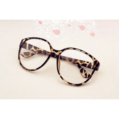 http://www.orientmoon.com/8654-thickbox/cute-vintage-arale-round-spectacle-frame.jpg
