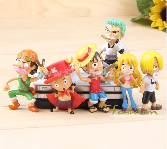 6pcs/Lot One Piece PVC Garage Kits Model Toys
