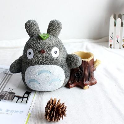 http://www.orientmoon.com/93308-thickbox/totoro-figure-toy-piggy-bank-money-box-235-stump.jpg