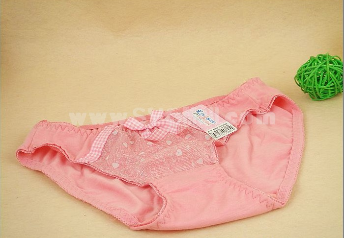 Lady Middle Waist Solid Color Emboidery Underwear (805K)