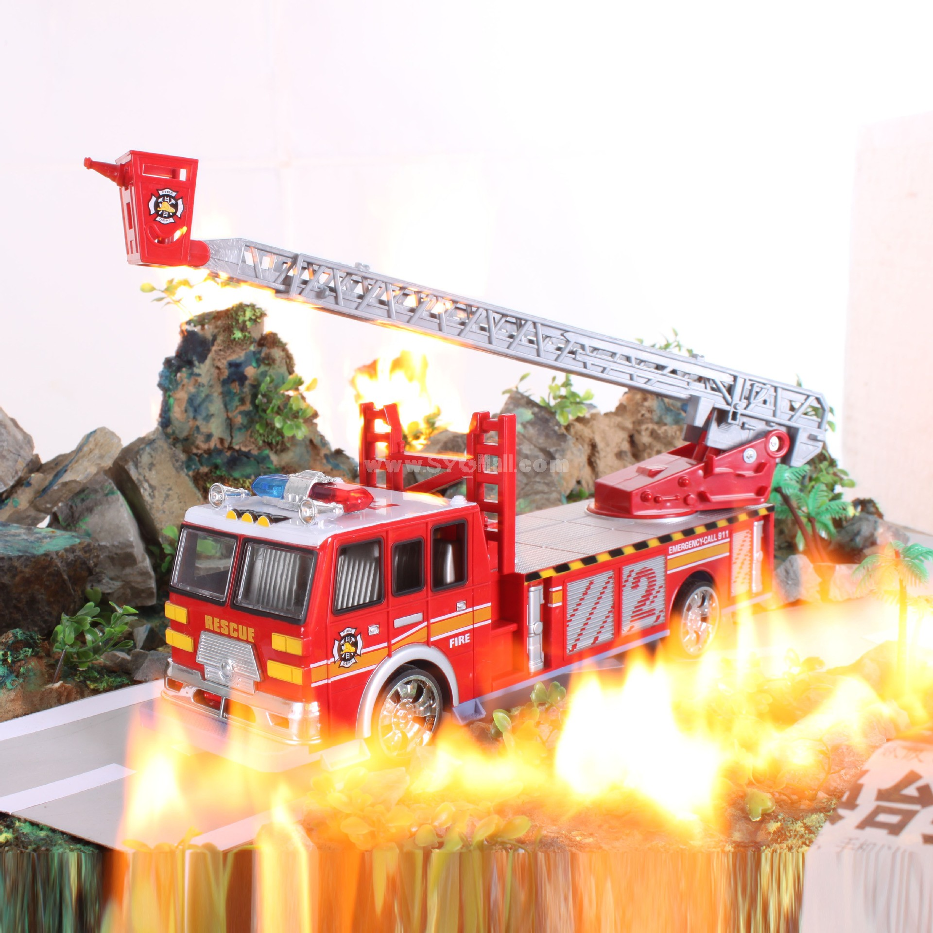 Rc Car with Light Effect Remote Control Fire Fighting Truck 6706