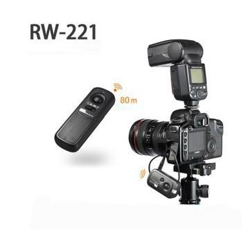 PIXEL RW-221 CB1 Codeless Shutter Release Controller for Olympus E1 E3 E10 E20