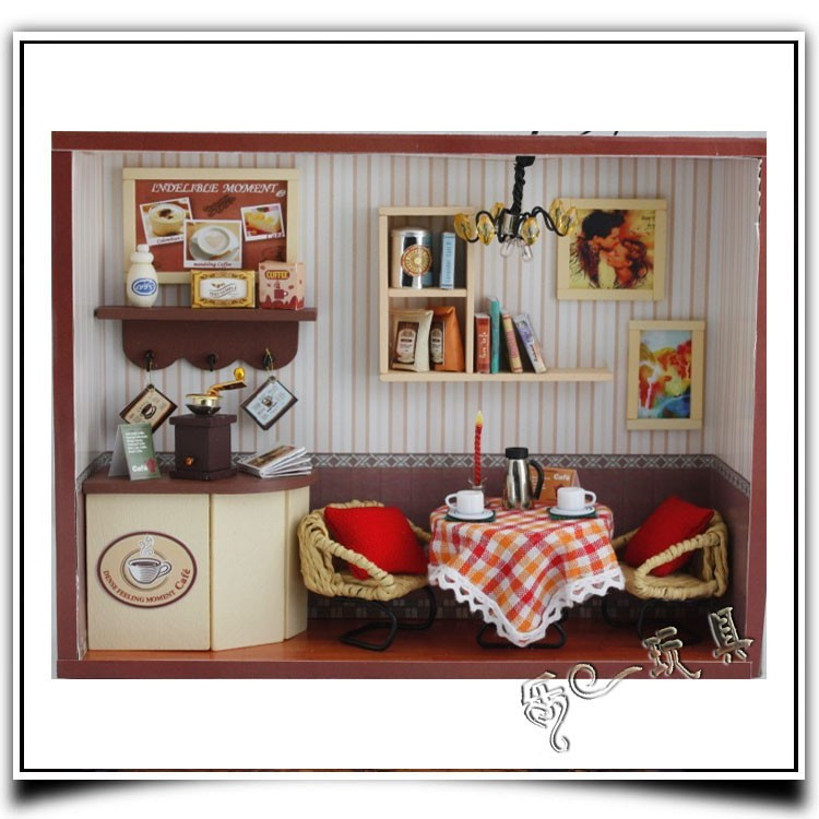 13504 CAKE LOVE Wooden DIY Handmade Assembly Mini House