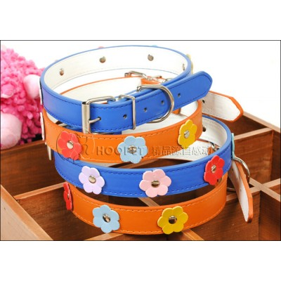 https://www.orientmoon.com/63591-thickbox/soft-pu-collar-for-small-dogs-cats-flower-pattern.jpg