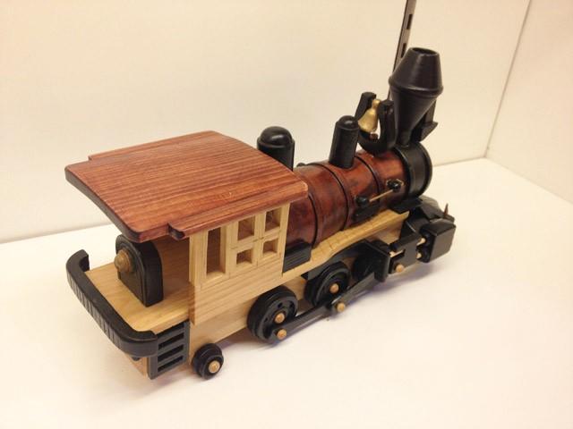 Handmade Wooden Decorative Home Accessory Vintage Steam Train Engine Model