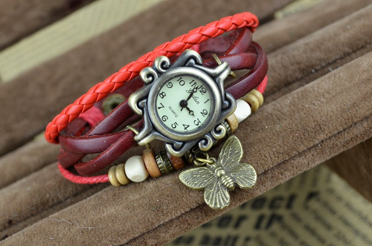 Retro Style Women's Hand Knitting Alloy Quartz Movement Glass Round Fashion Watch with Pendant(More Colors)