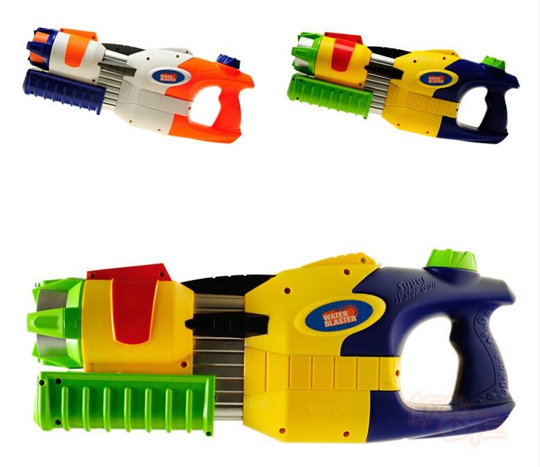 FANMILI Plastic Water Gun Hand Pull Water Pistol Water Blaster GT1800