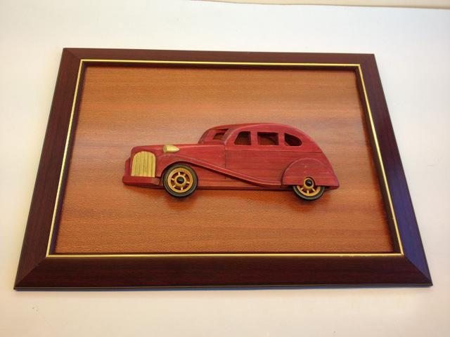 Handmade Wooden Home Decoration Red Vintage Car Cameo Photo Frame Gift Frame